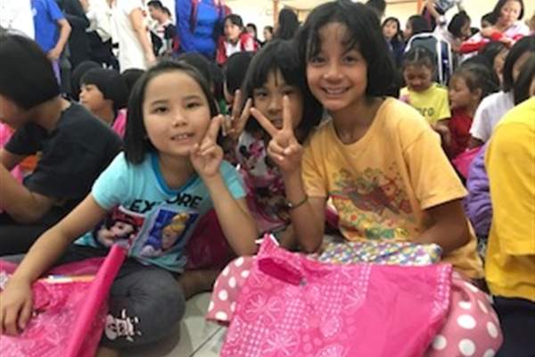 Off the field: Merry Christmas and Happy New Year from Children of Asia Hope